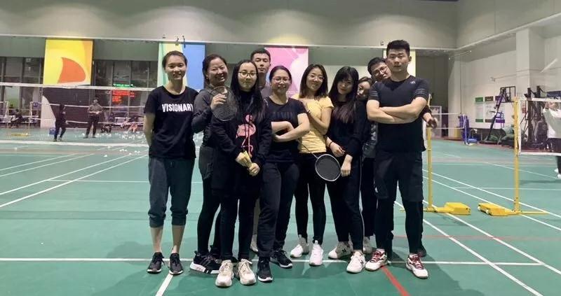 北雅国际英语羽毛球